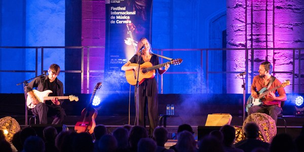 Concert de Judit Neddermann Trio (foto Jordi Prat).