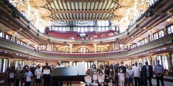 Representació cerverina al Palau de la Música (foto Jordi Ros).