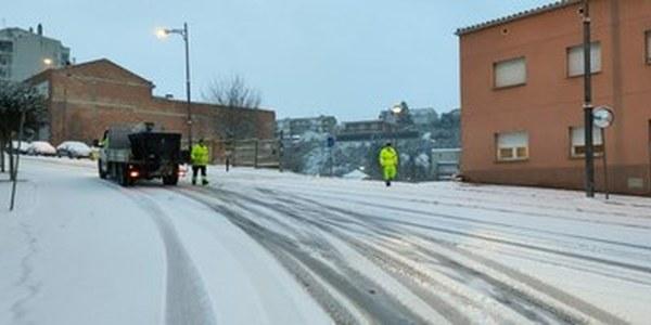 Reforç a les tasques de retirada de neu de la via pública