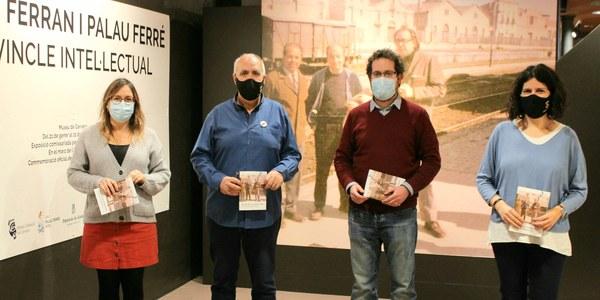 """Un centenar de persones han visitat l'exposició """"Jaume Ferran i Palau Ferré: un vincle intel·lectual"""""""