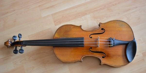 Ariadna Llovet i Txell Riera, recitals de violí